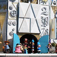 It's a Small World Clock Show
